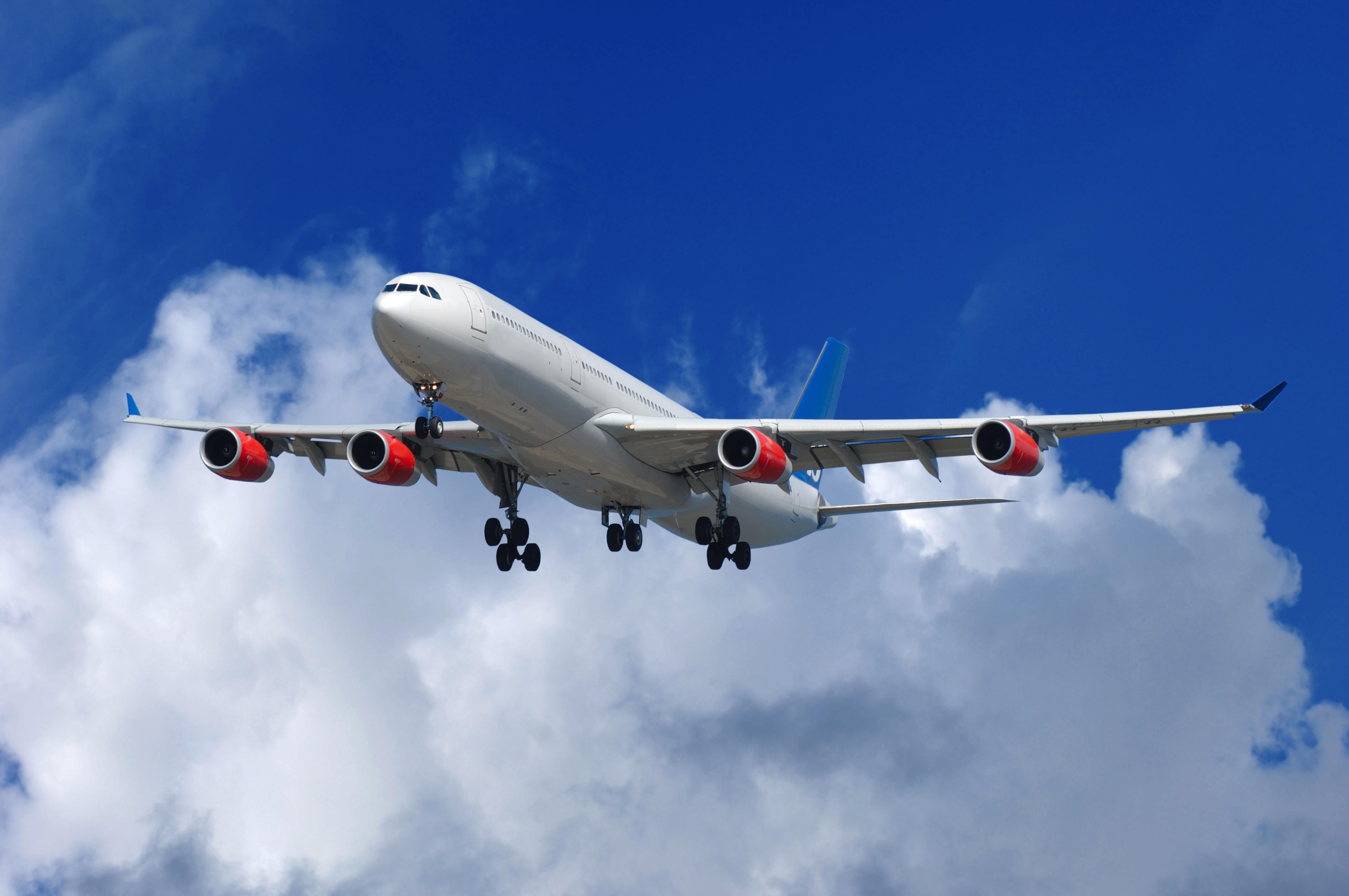 dreamstimefree_2380511_airplane_hi